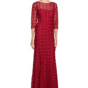 Kay Unger crochet Lace maxi dress gown